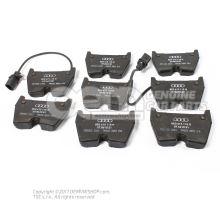 1 комплект тормозных колодок для дисковых тормозов 8E0698151Q