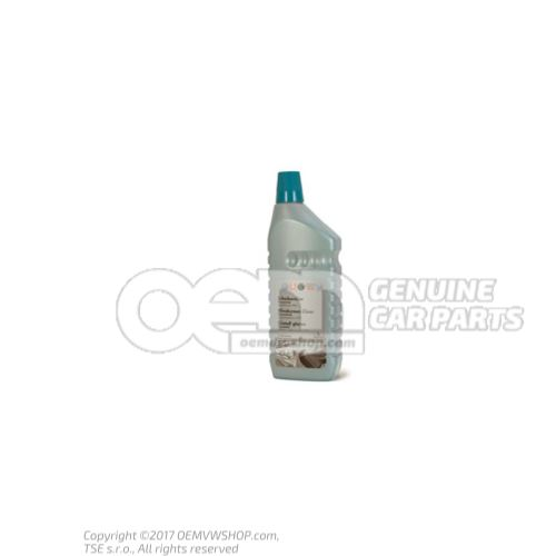 Concentrated glass cleaner G 052164M2
