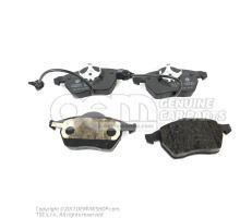 1 set: brake pads with wear indicator for disc brake 4B0698151AF