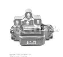 Опора коробки передач Audi RS3 Sportback 8P 8P0199555A
