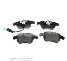 1 set: brake pads with wear indicator for disc brake 5N0698151