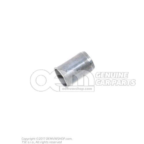 N  0304002 Ecrou encastre M6X0,7-3