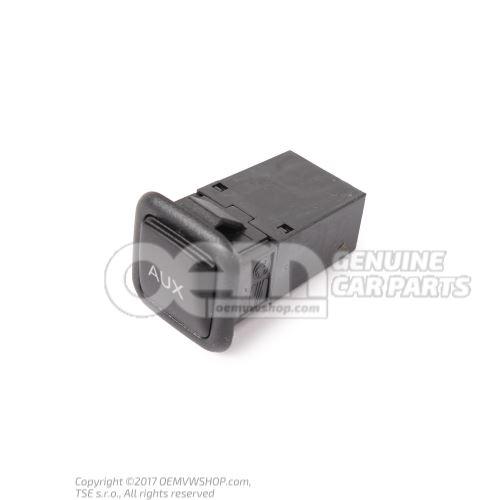 Hembrilla AUX-IN negro satinado Seat Exeo 3R 3R0035475 9B9